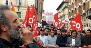 Sol Cobas in piazza a Milano